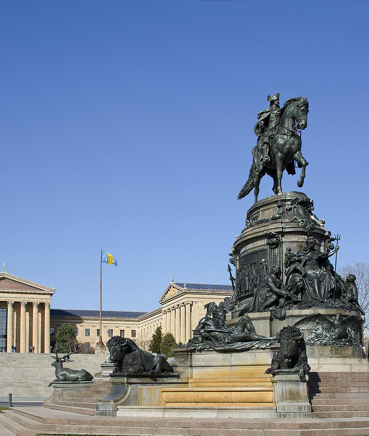 philadelphia Museum Of Art  Photograph - George Washington Statue At The Philadelphia Art Museum by Brendan Reals