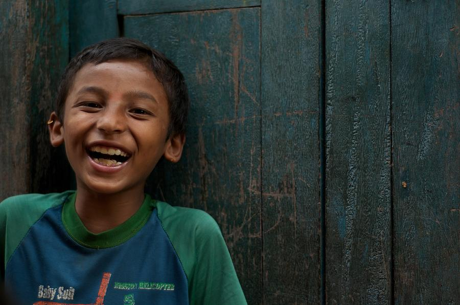 Nepal Photograph - Giggles Against The Wall by Valerie Rosen