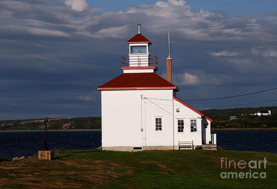 Nova Scotia Photograph - Gilbert Cove Lighthouse by Brenda Giasson