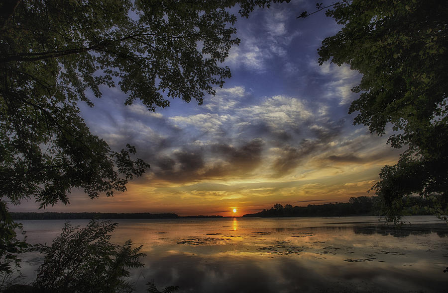 Sunrise Photograph - Golden Day by Richard Lee
