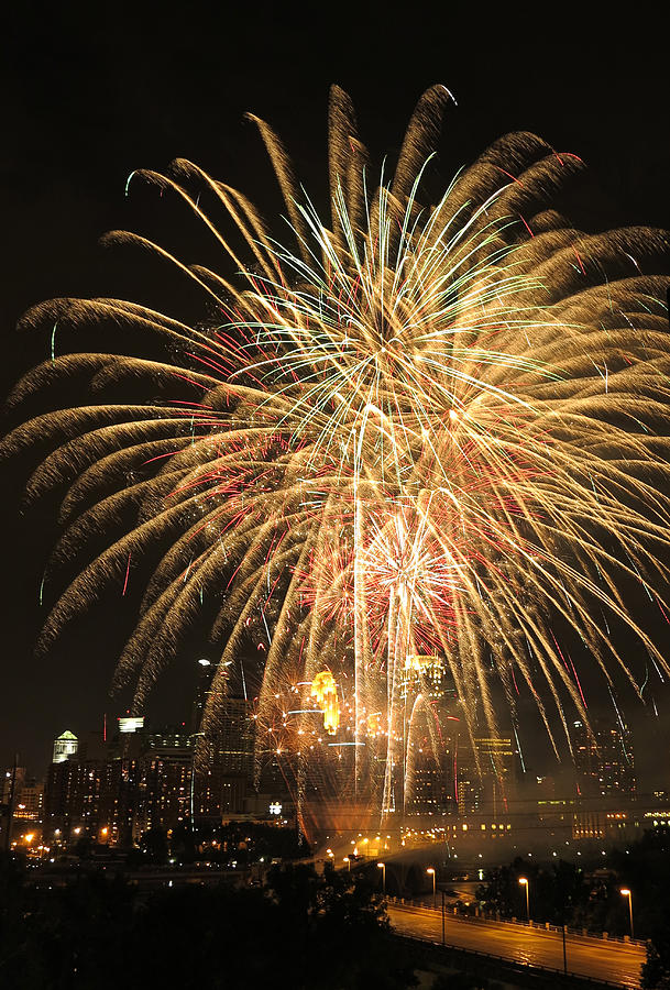 Fireworks Photograph - Golden Fireworks Over Minneapolis by Heidi Hermes