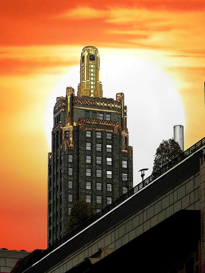 Carbide And Carbon Building Photograph - Golden Skyscraper by Jesus Nicolas Castanon