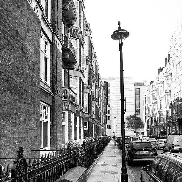England Photograph - Good Morning #london by Abdelrahman Alawwad
