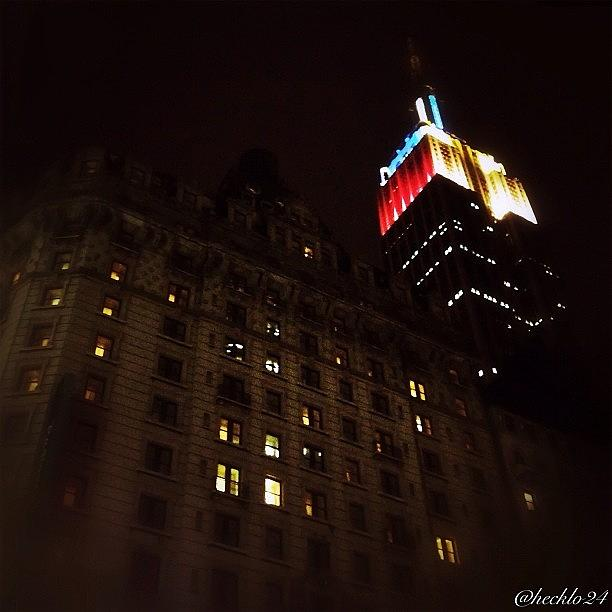 Newyorkcity Photograph - Goodnight Gotham  #empirestatebuilding by Hector Lopez ✨