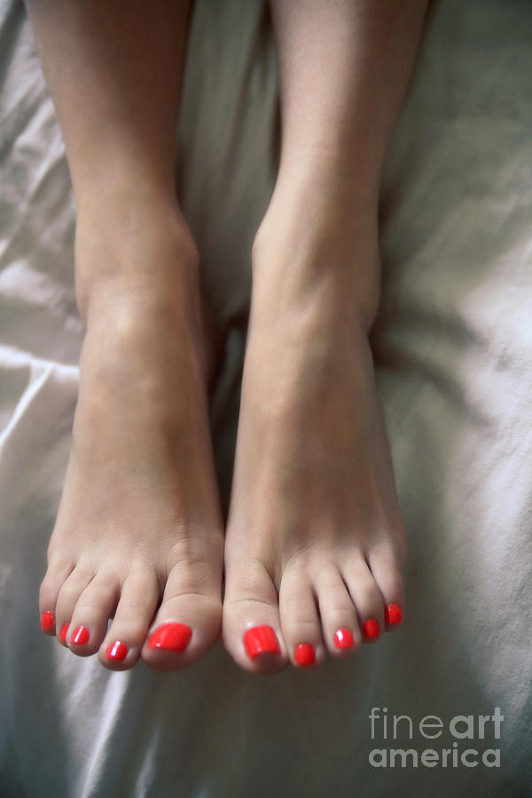 Feet Photograph - Gorgeous Toes by Tos