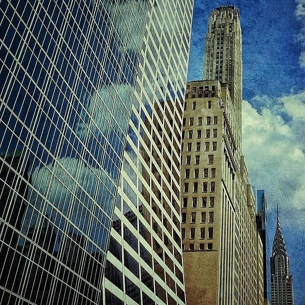 Skyscraper Photograph - Grace / Salmon / 500 Fifth Ave & by Joel Lopez