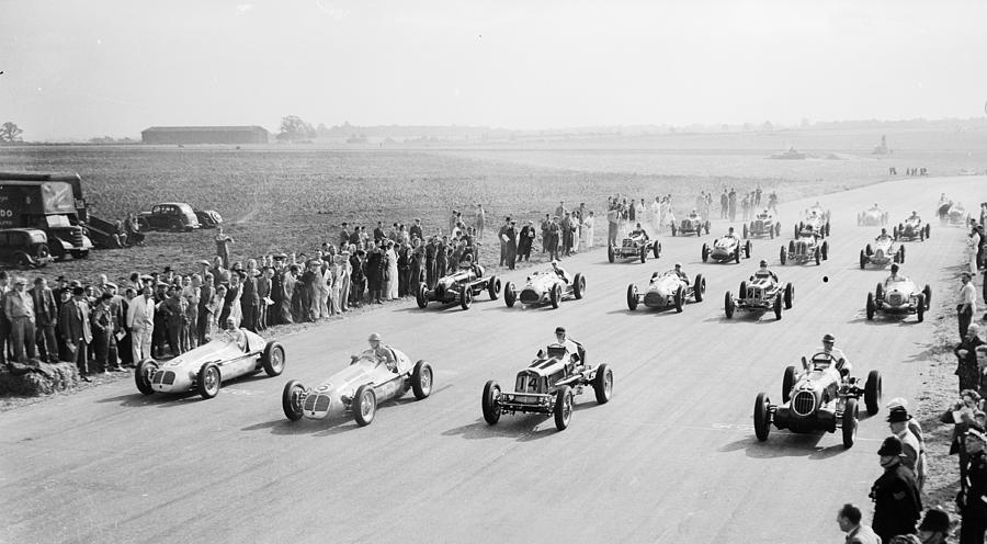 Horizontal Photograph - Grand Prix Start by Central Press