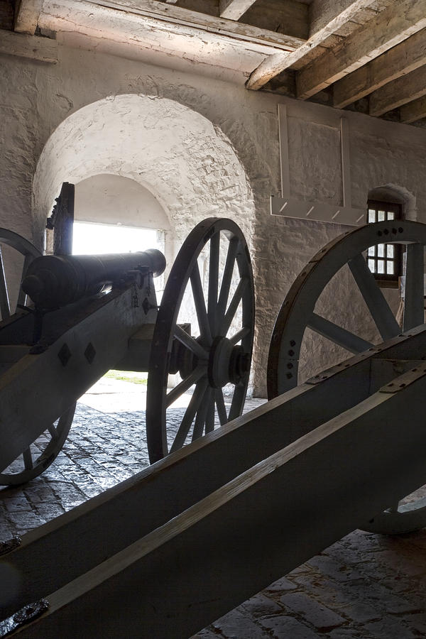 Old Fort Niagara Photograph - Ground Floor Cannons by Peter Chilelli