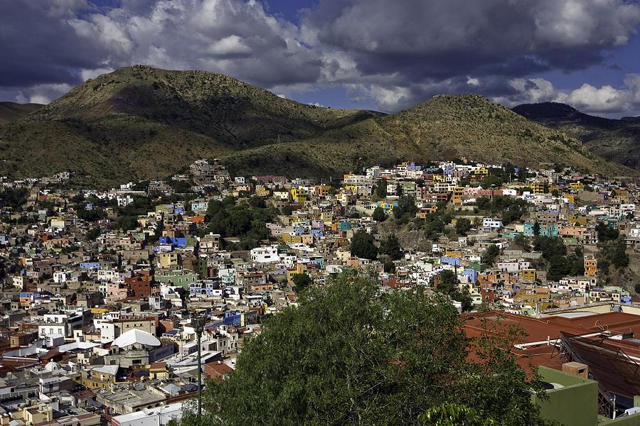 City Photograph - Guanajuato Vista No. 1 by Lynn Palmer