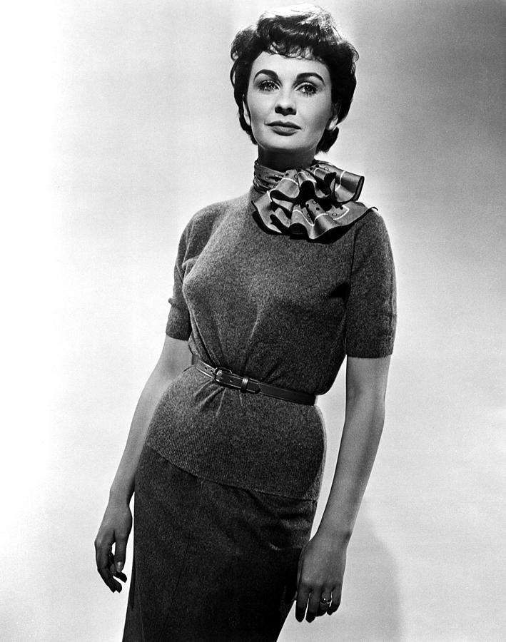 1955 Movies Photograph - Guys And Dolls, Jean Simmons, 1955 by Everett