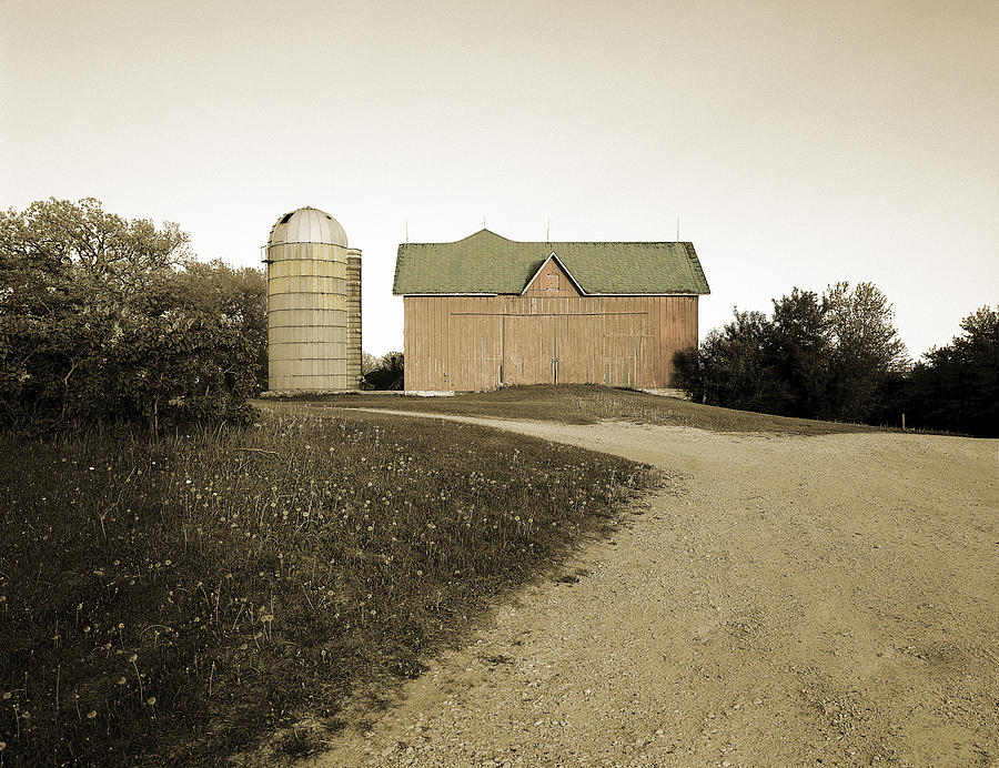Wisconsin Photograph - Hand-colored Barn On Nn by Jan W Faul