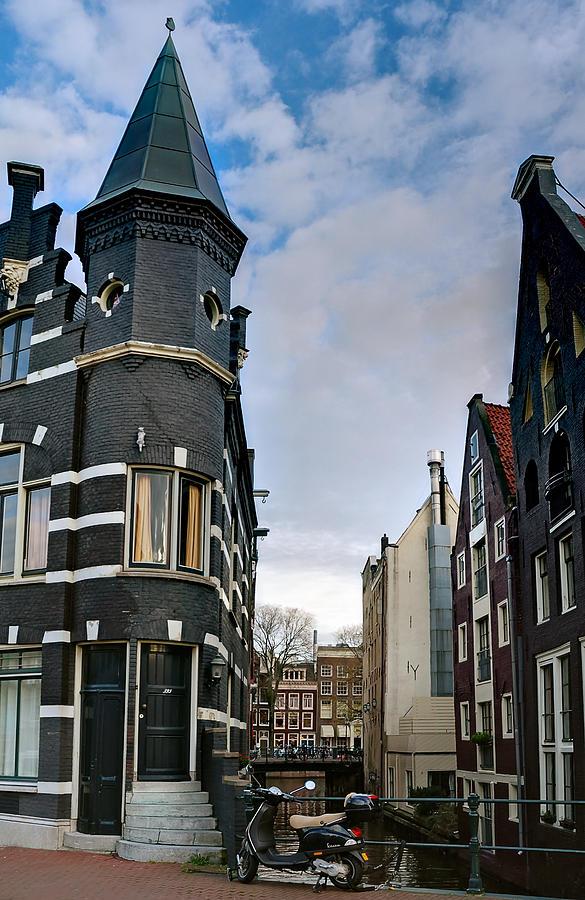 Holland Amsterdam Photograph - Herengracht 395. Amsterdam by Juan Carlos Ferro Duque