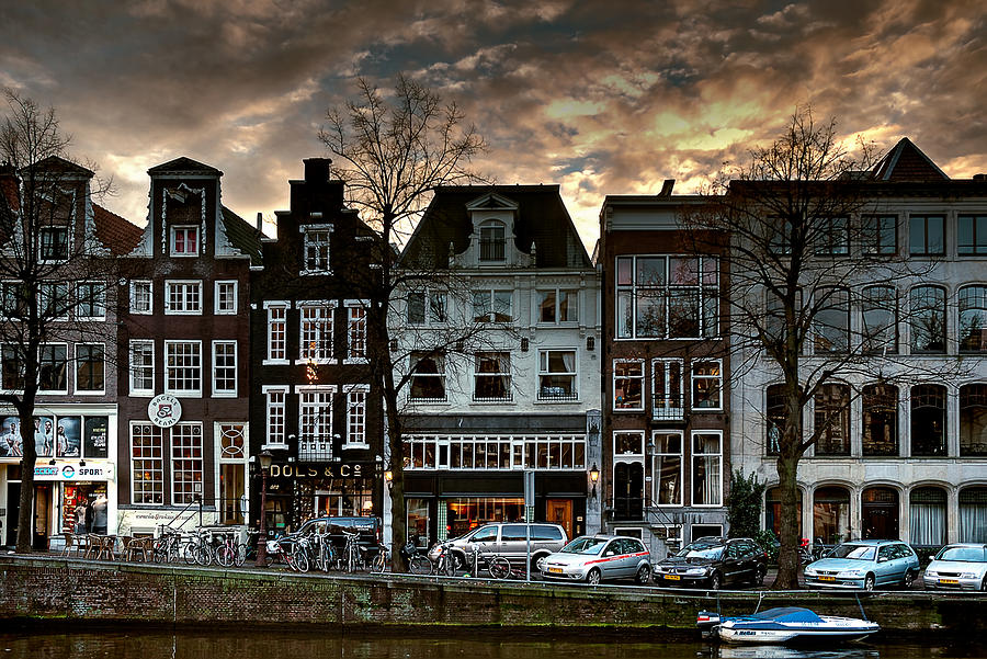 Holland Amsterdam Photograph - Herengracht 502. Amsterdam by Juan Carlos Ferro Duque