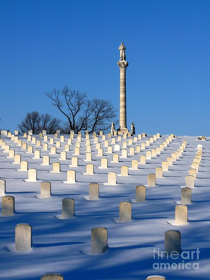 Dayton Ohio Photograph - Heroes Peaceful Rest by David Bearden