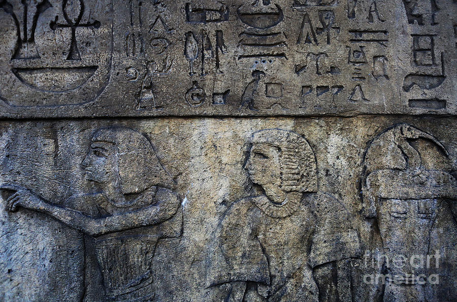 Lee Dos Santos Photograph - Hieroglyphs by Lee Dos Santos