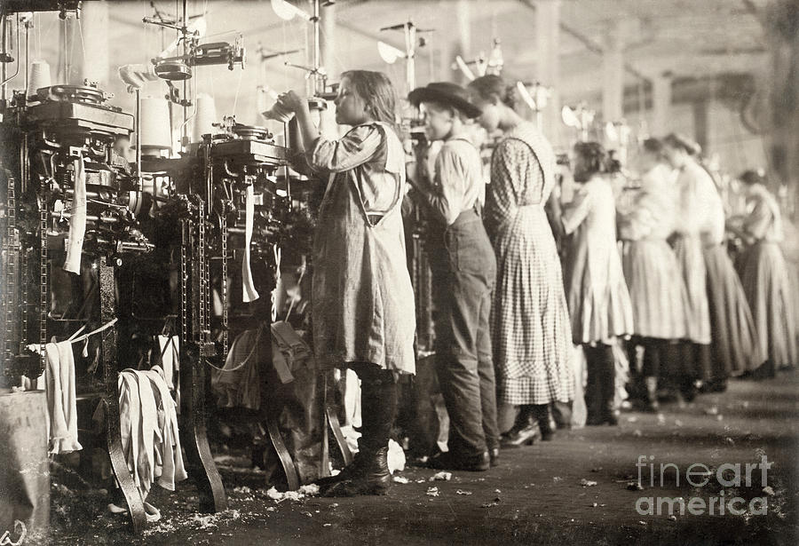 Hine Child Labor 1910 Photograph By Granger