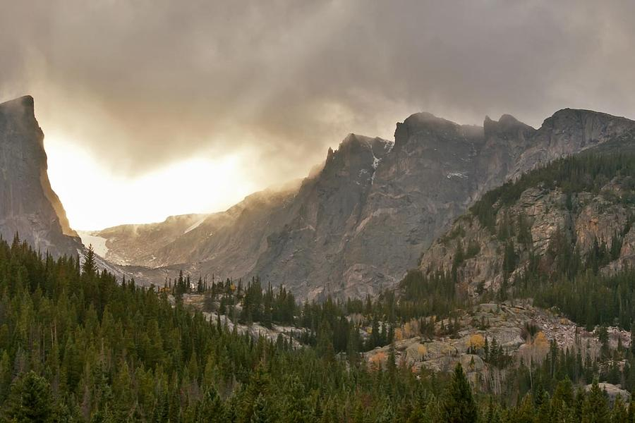 Rocky Mountain National Park Photograph - Homage To Albert Bierstadt by Larry Darnell