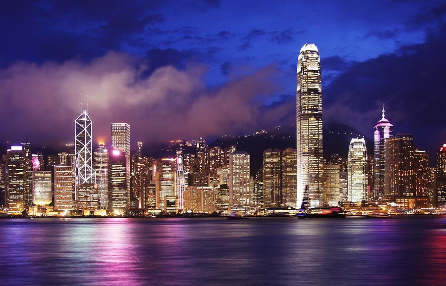 Hong Photograph - Hong Kong At Night by Dan Breckwoldt