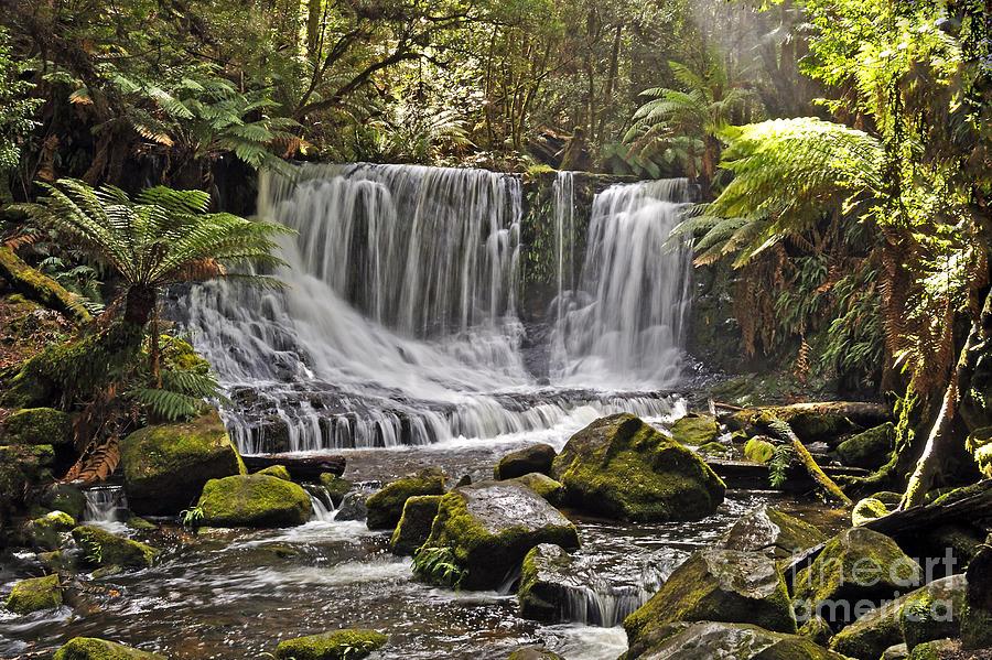 Falls Photograph - Horseshoe Falls by Raoul Madden