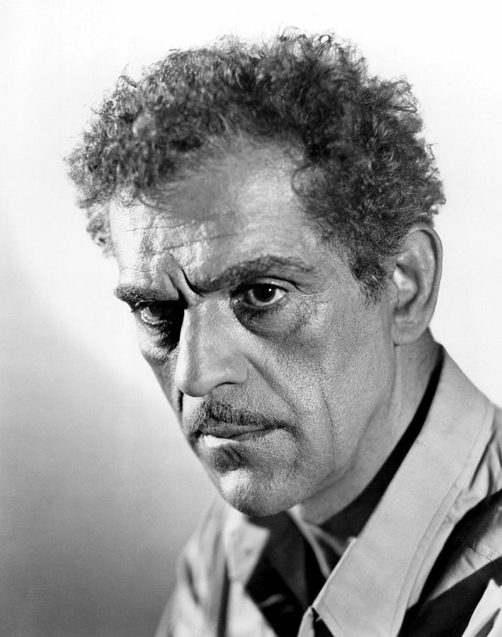 18th Century Photograph - House Of Rothschild, Boris Karloff, 1934 by Everett