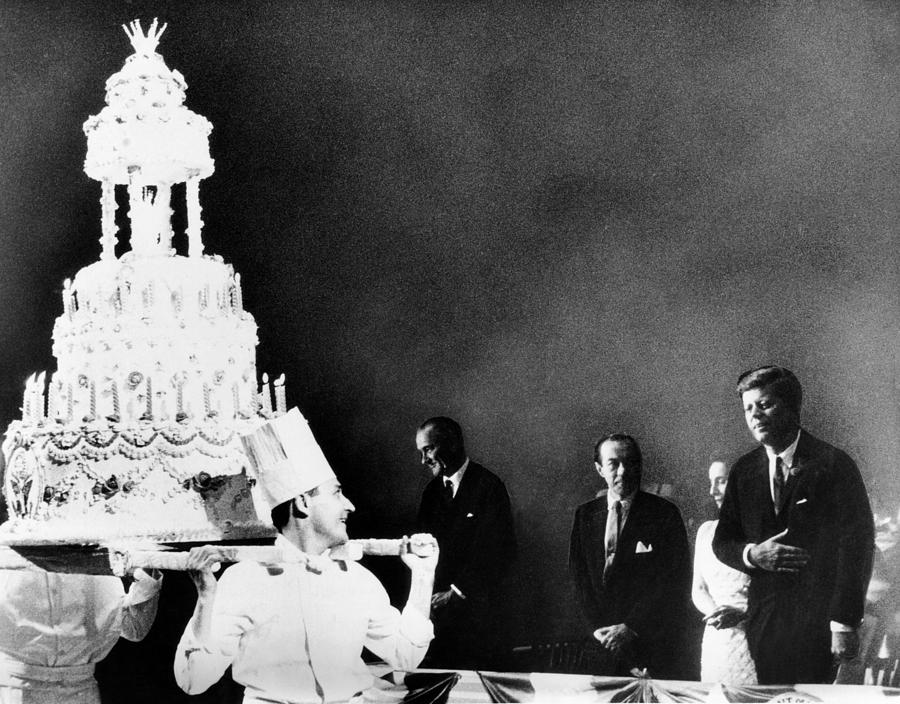 Excellent Huge Birthday Cake For President John Photograph By Everett Funny Birthday Cards Online Alyptdamsfinfo