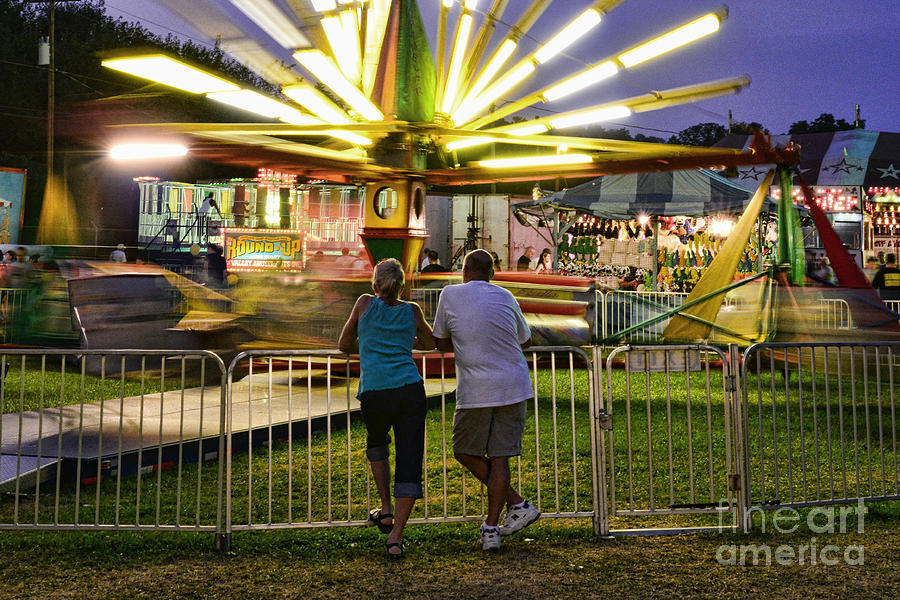 Love Photograph - In Love At The Fair by Paul Ward