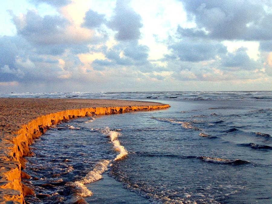 Seascape Photograph - Incoming Tide At Sundown by Will Borden