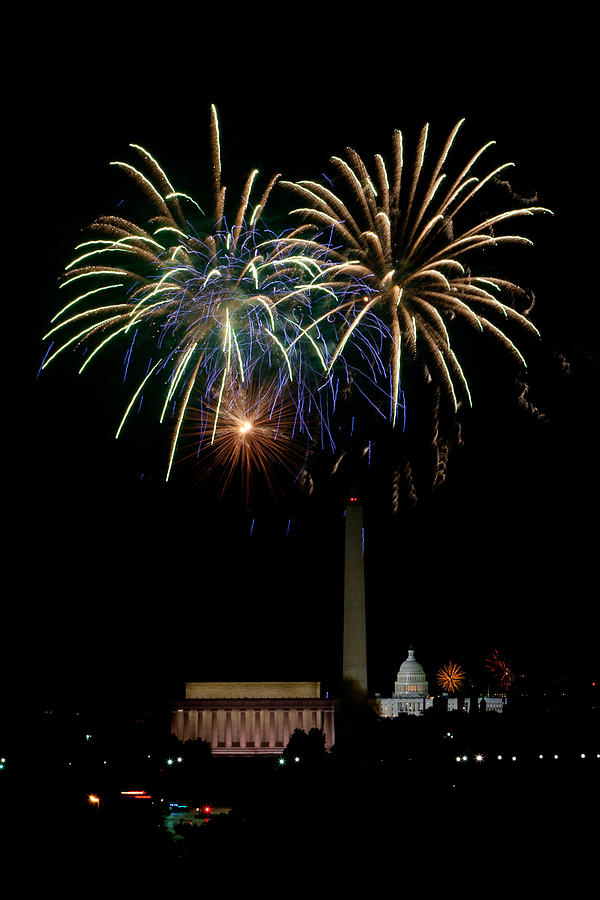 4th Of July Photograph - Independence Day In Dc by David Hahn
