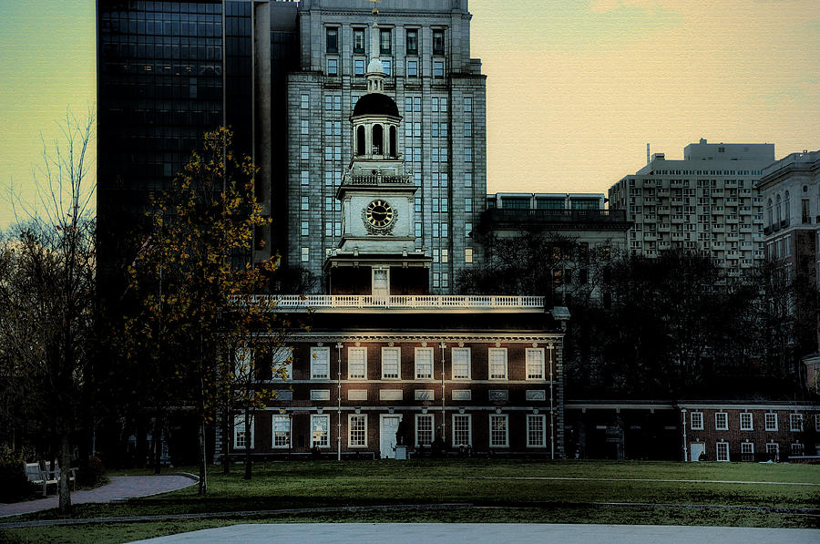Independence Hall Photograph - Independence Hall - The Cradle Of Liberty by Bill Cannon