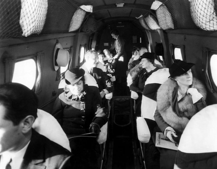 Interior Of United Airlines Plane Photograph By Everett