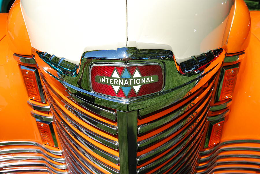 Vintage Car Photograph - International Front End by Richard Adams