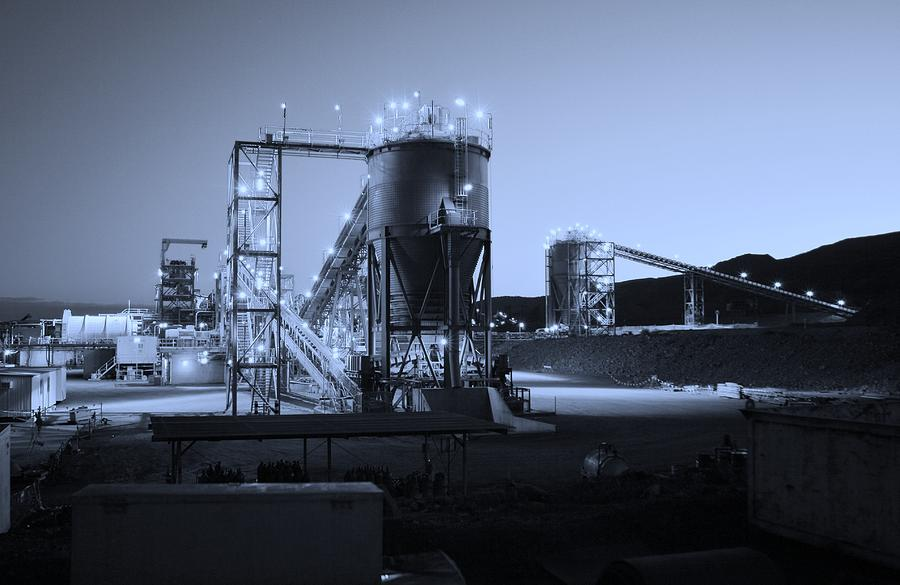 Australian Landscape Photograph - Iron Duke Mine 02 by David Barringhaus