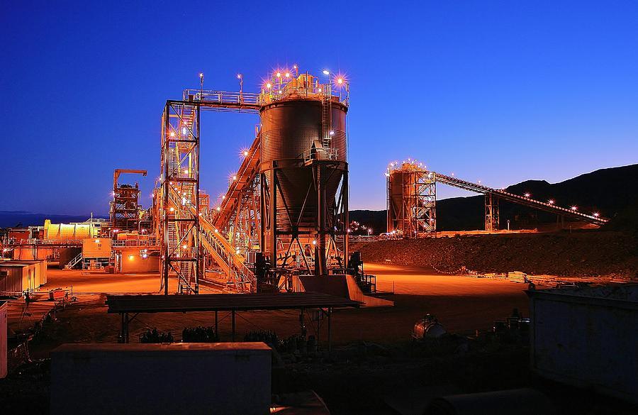 Australian Landscape Photograph - Iron Duke Mine by David Barringhaus