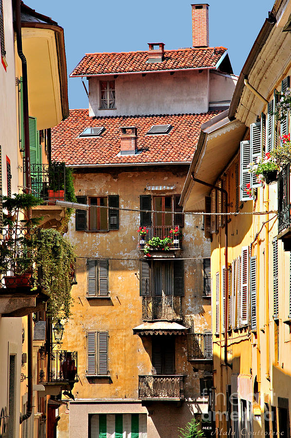 Balconies Photograph - Italian Balconies by Malu Couttolenc