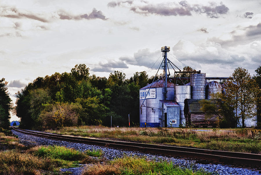 Grain Mill Photograph - Its Graining by Kelly Reber