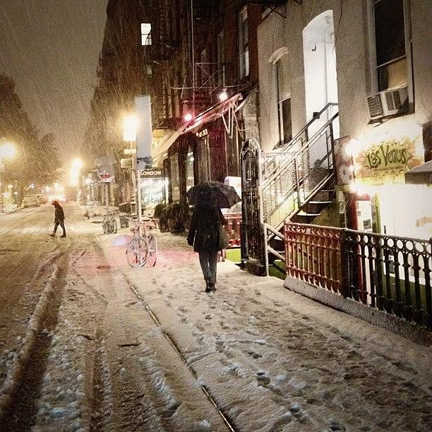 Newyorkcity Photograph - Its So Beautiful Outside Right Now. I by Vivienne Gucwa