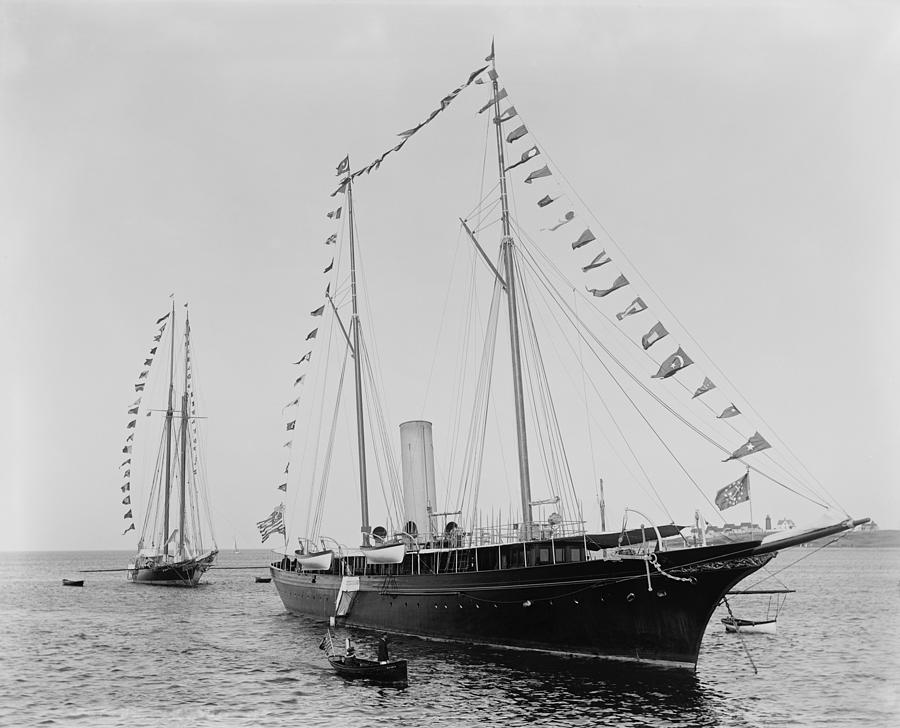 History Photograph - J. Pierpoint Morgans Second Yacht by Everett