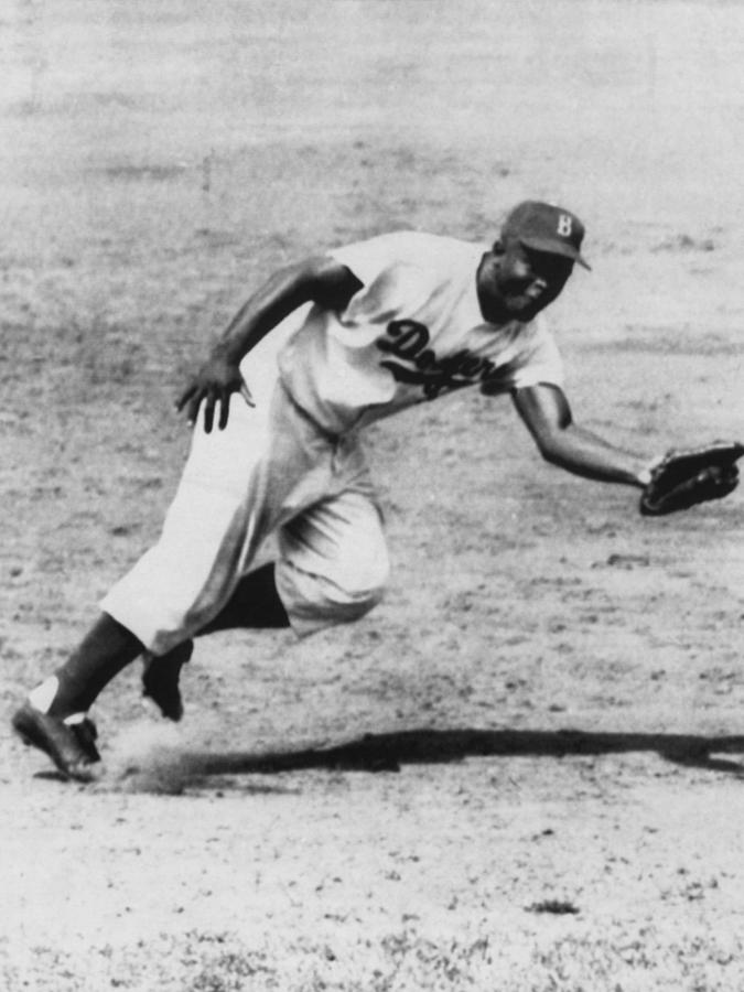 1950s Photograph - Jackie Robinson, Fielding Third Base by Everett