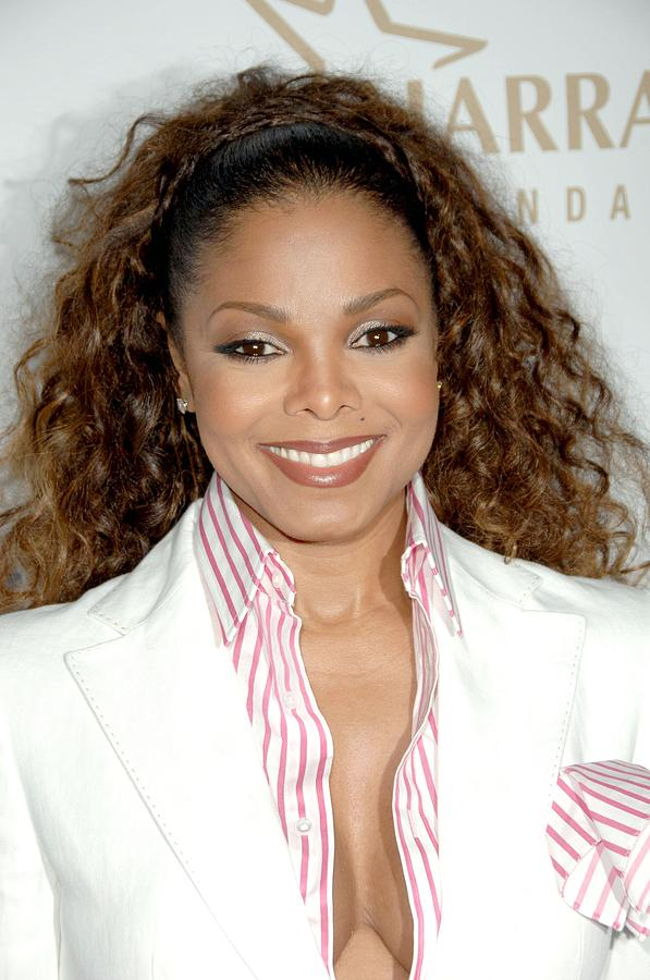 19th Annual Glaad Media Awards Photograph - Janet Jackson At Arrivals For 19th by Everett