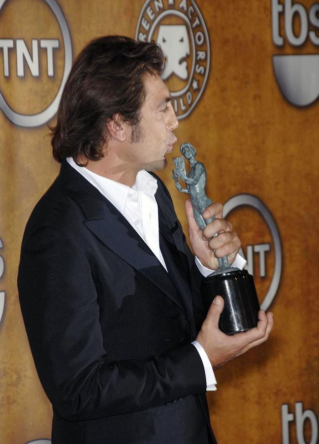 Awards Photograph - Javier Bardem At Arrivals For Press by Everett