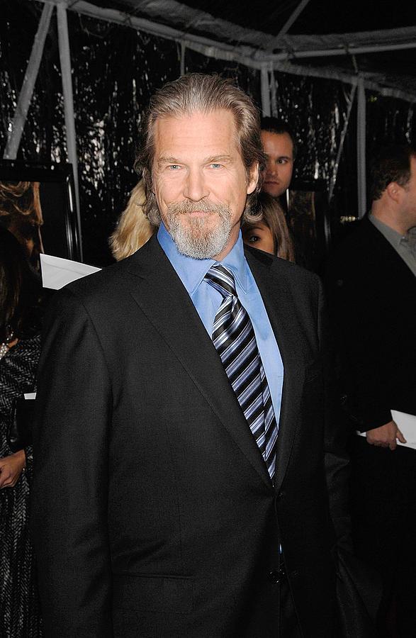 Jeff Bridges Photograph - Jeff Bridges At Arrivals For Crazy by Everett