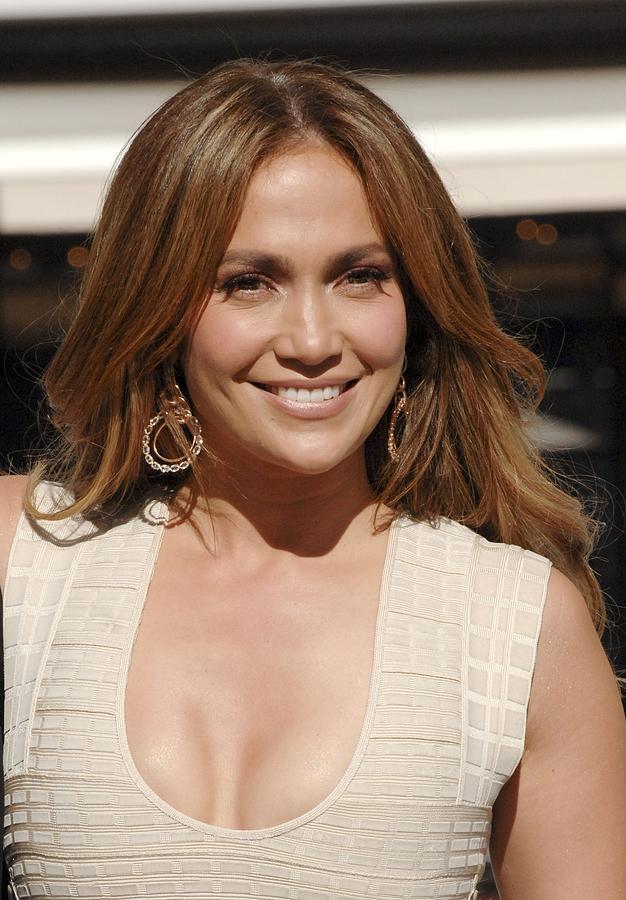 Jennifer Lopez Photograph - Jennifer Lopez At The Press Conference by Everett