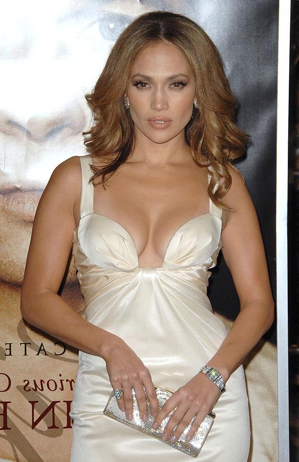 Premiere Photograph - Jennifer Lopez Wearing A Roberto by Everett