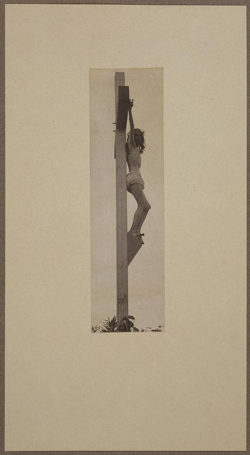 1890s Photograph - Jesus Christ, The Crucifixion by Everett