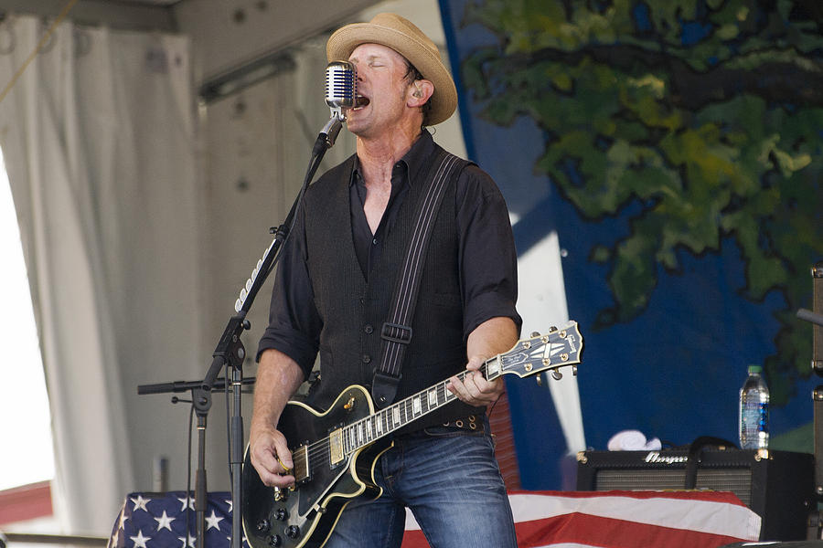 Cowboy Mouth Photograph - John Thomas Griffith Of Cowboy Mouth by Terry Finegan