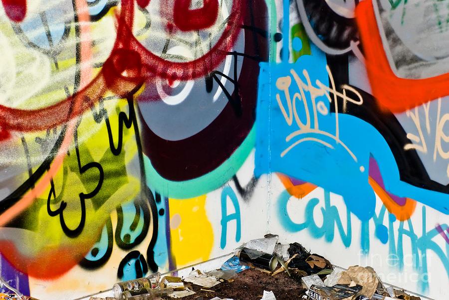 Graffiti Painting - Junk Graffiti by Yurix Sardinelly