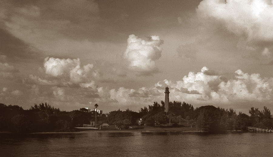 Fla Photograph - Jupiter Inlet  by Skip Willits