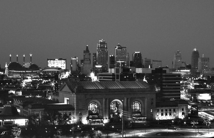 Kansas city photograph kansas city skyline by laurie douglas