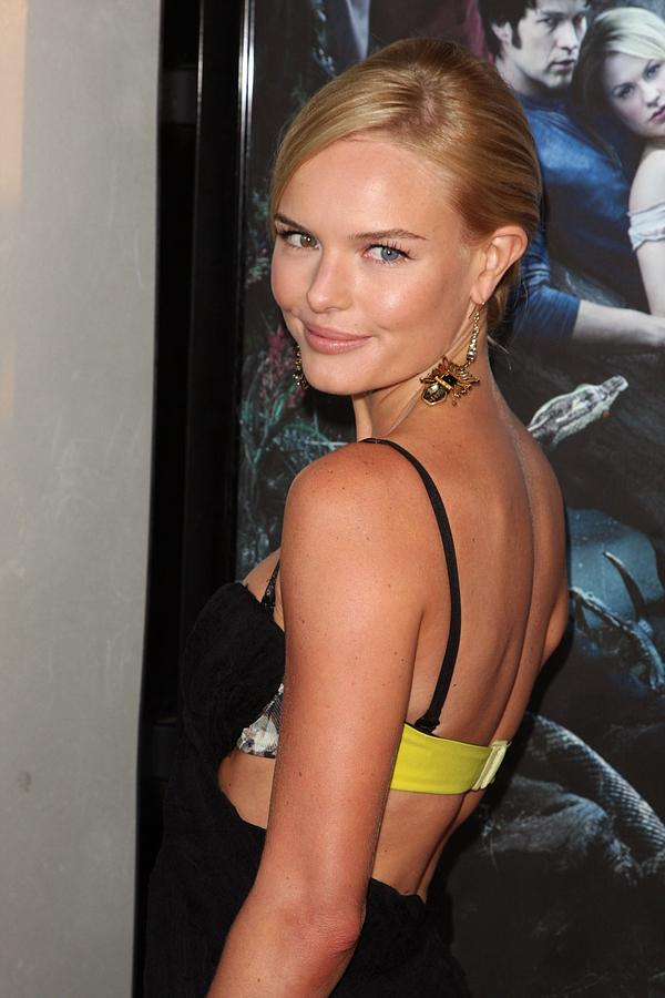 Kate Bosworth Photograph - Kate Bosworth At Arrivals For True by Everett