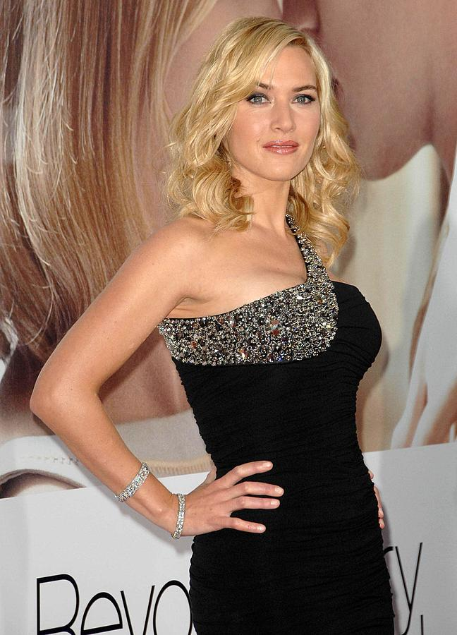 Premiere Photograph - Kate Winslet Wearing A Balmain Dress by Everett